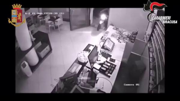 furto con spaccata